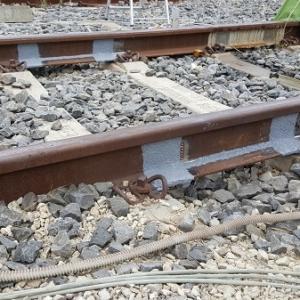 Strain gauges on railway